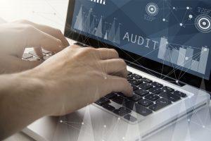 Dampak Positif dan Negatif Penggunaan Teknologi untuk Auditing